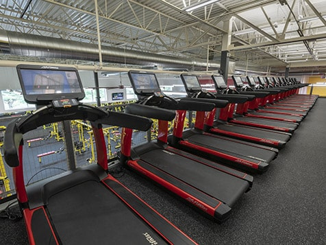 Now is the time to open a Retro Fitness Franchise