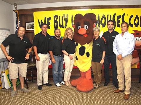 HomeVestors of America Franchise We Buy Ugly Houses Team
