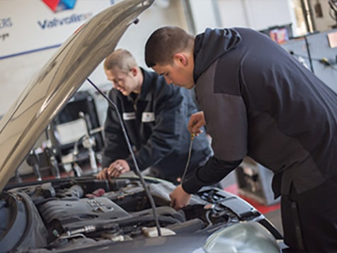 Strickland Brothers Franchise - 10 minute oil change