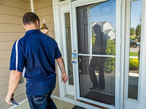 Hommati Doorhanger Services