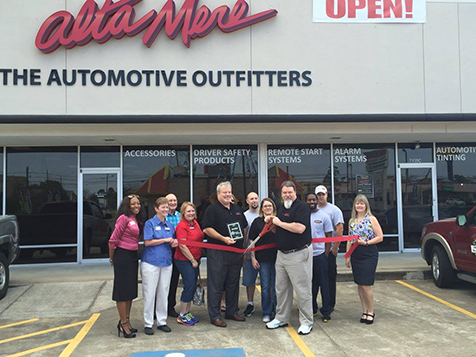 Ribbon Cutting Ceremony at Alta Mere/SmartView Franchise