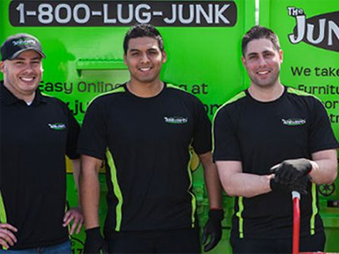 Junkluggers Franchise Employees