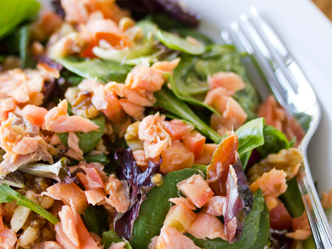 Growler USA Franchise - salmon salad