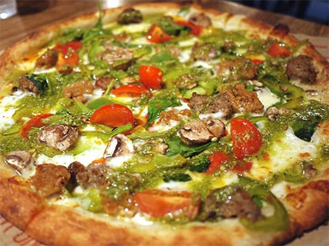 Blaze Pizza Franchise Cooks Pizza in 180 seconds