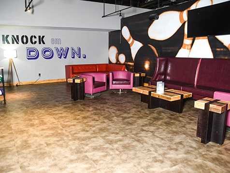 810 Billiards & Bowling Franchise Lounge