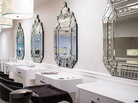 Moxie Blowdry & Beauty Bar Franchise Stations