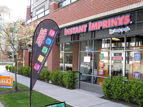Outside an Instant Imprints Franchise