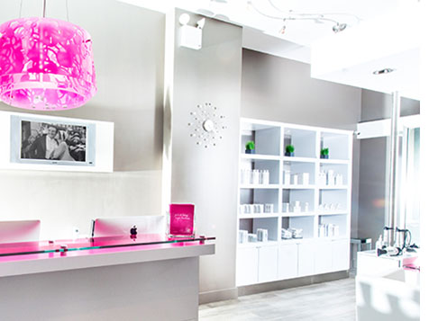 Blo Blow Dry Bar Franchise Front Desk