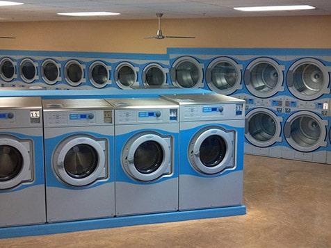 WaveMAX Laundry Franchise - Efficient Equipment