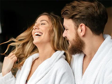Spavia Day Spa Franchise Couple